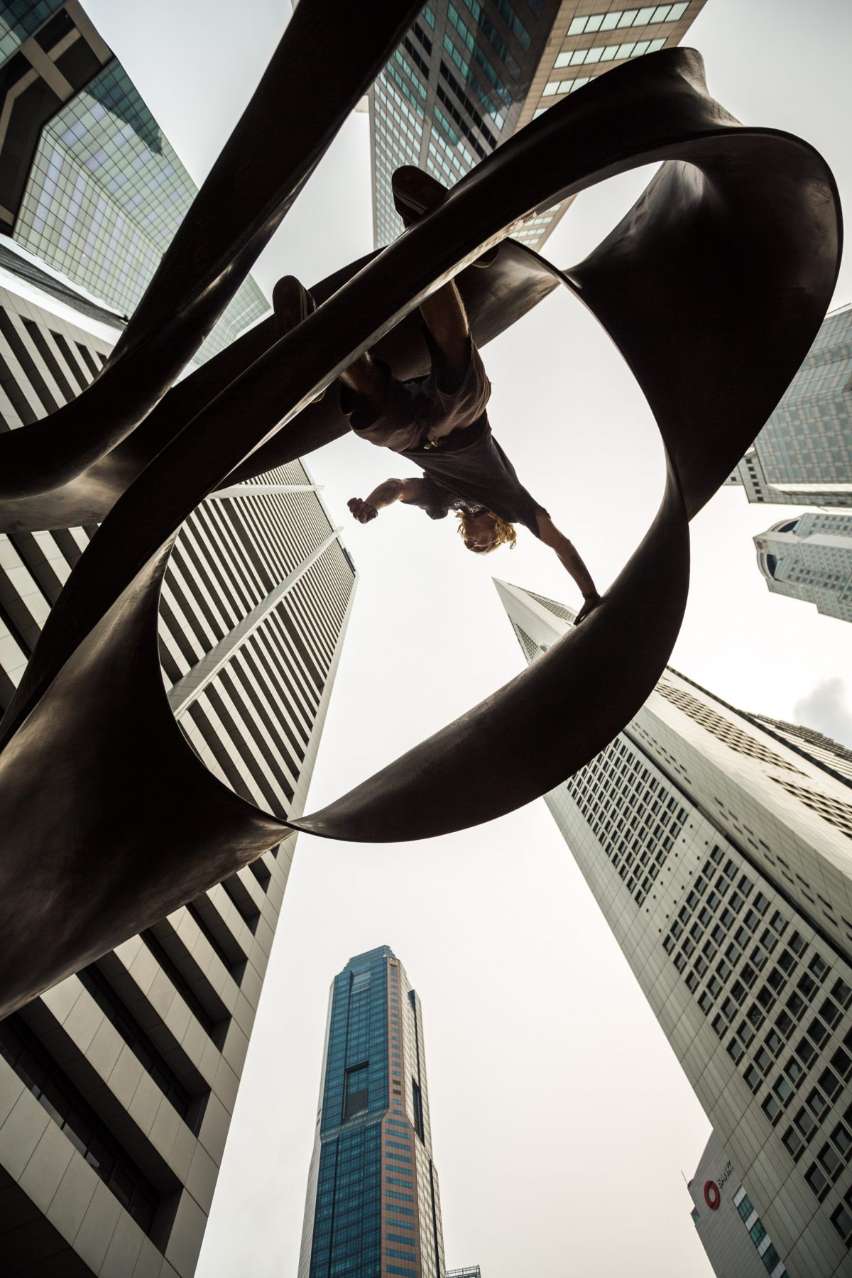 Scott Bass - Travel and Parkour in Singapore 22