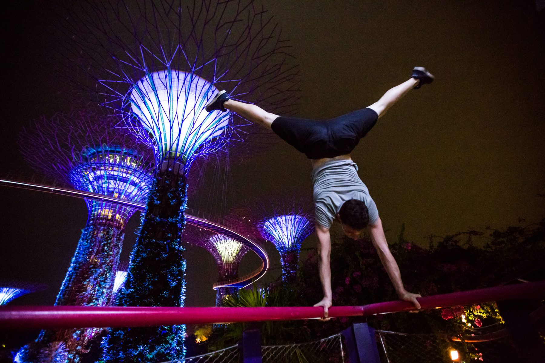 Scott Bass - Travel and Parkour in Singapore 43