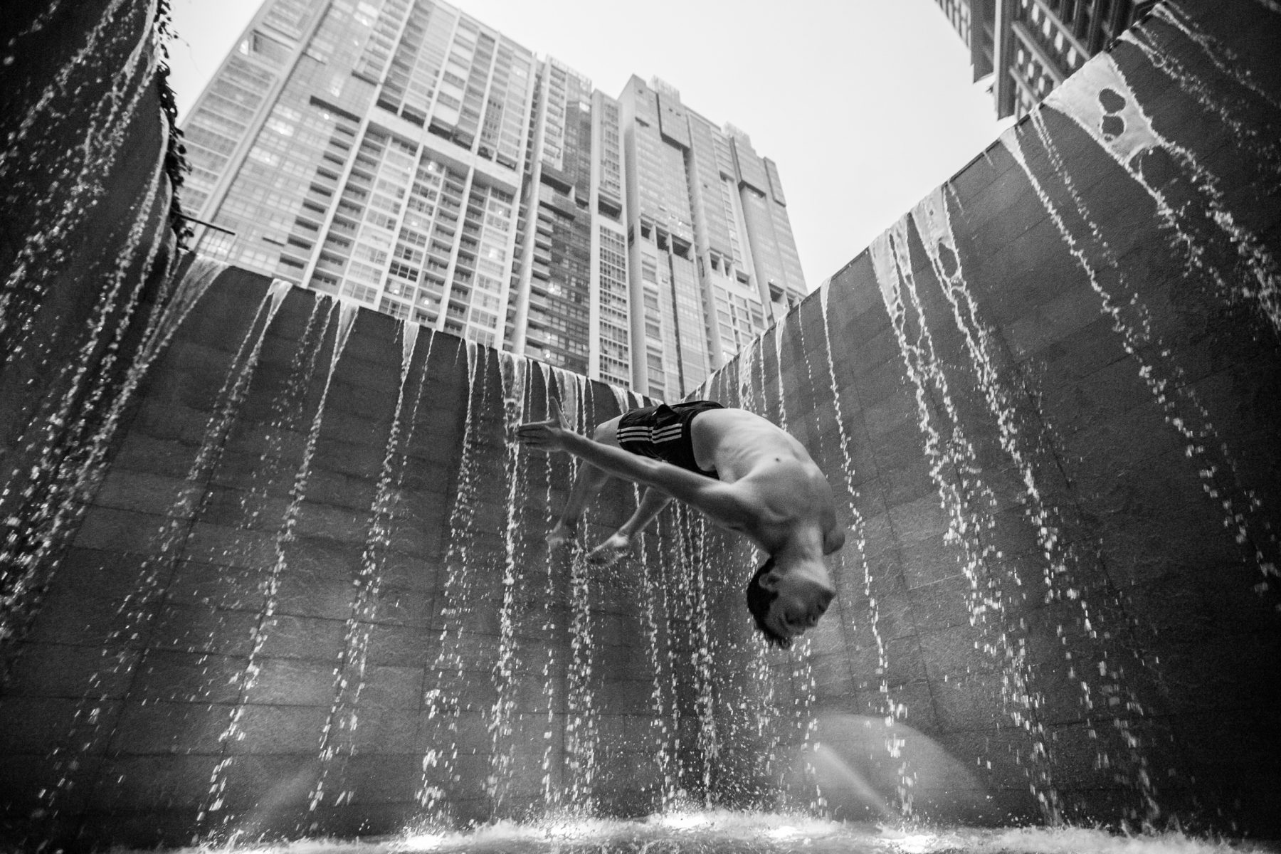 Scott Bass - Travel and Parkour in Singapore 51